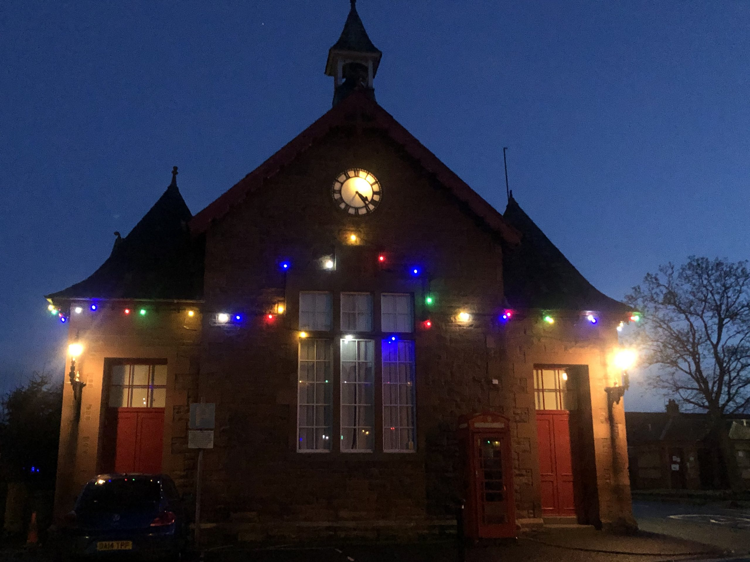 Hall lights, Dec.20